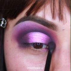 I am learning everyday and not for a second do I think I am better than anyo. Party Eye Makeup, Halo Eye Makeup, Purple Eye Makeup, Star Makeup, Makeup Eye Looks, Colorful Eye Makeup, Eye Makeup Art, Dramatic Makeup, Purple Eyeshadow