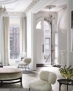 5 Tips For Decorating with Different Shades of White & Cream   The Savvy Heart   Interior Design, Décor, and DIY