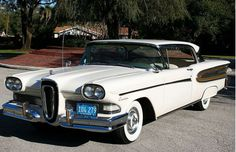 My Mom and Dad had an Edsel like this in black. Edsel Ford, Car Ford, Car Images, Car Pictures, Vintage Motorcycles, Cars Motorcycles, Automobile, Roadster, Ford Classic Cars