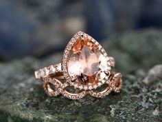 BBBGEM offers morganite rose gold wedding set,see our morganite engagement rings rose gold in round,oval,cushion,princess,emerald cut,pear shape.