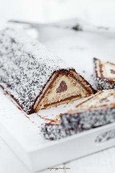 cheesecake with chocOlate ganache, cocoa glaze & coconut - Trend Healthy Cocktail Recipes 2019 Coconut Cheesecake, Cheesecake Recipes, Dessert Recipes, Just Desserts, Delicious Desserts, Yummy Food, Polish Recipes, Pastry Cake, Chocolate Ganache