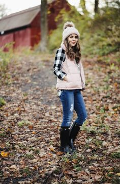 cozy outfits series: puffer vests. #vestswomensoutfits