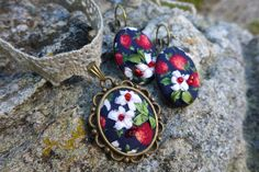 "Red white blue green handmade earrings and necklace tiny silk ribbon embroidery cotton fabric and lace summer jewelry ""Strawberry taste"" by Virvi on Etsy"