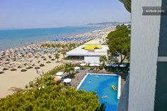 Cool Beachfront LOFT, Seaview, Pool in Durrës