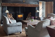 Wood burning stove for the front room.lovely on a cold winters cosy night in! Modern Wood Burning Stoves, Log Burning Stoves, Inglenook Fireplace, Stove Fireplace, Fireplaces, Freestanding Fireplace, Freestanding Stoves, Multi Fuel Stove, Barn Kitchen