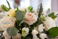 Bouquet by Fete Flowers. photo: www.eyecontact.ca