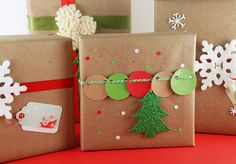 Ideias para Embrulhos de de Natal - Veja o passo a passo deste embrulho aqui: http://lembrancassoltas.blogspot.pt/2014/11/ideias-para-embrulhos-de-natal.html
