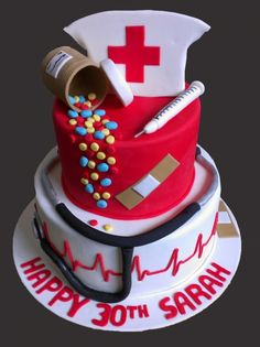Nurse Cake. Great idea to do for my sis =)