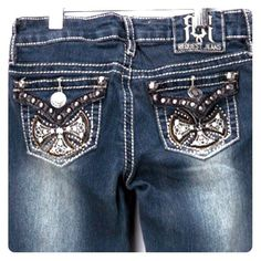 "Like new! Request ""Hudson"" Bootcut Jeans, Girl's These girl's sz 10 jeans feature a unique wash, studs and cool rocker iron crosses on the back pockets. It's the details that make these pants worthy of any little rock 'n' roll girl- better yet, the fact that they're less than half of the retail might just make YOU the sharpest mama in the 'hood! Request Jeans Jeans Boot Cut"