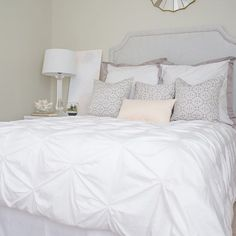 This bedroom is made for dreaming! By pairing our white pintuck bedding with Linden shams, @nbellediaries completely transforms her bedroom into a luxurious oasis. #whitebedding #sleepchic #craneandcanopy #homedecor #pintucks