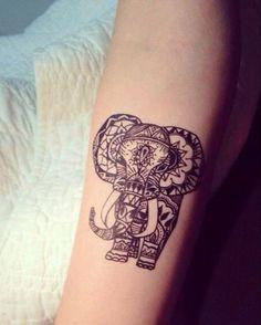 L'éléphant sur le bras