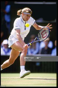 Wimbledon Tennis, Steffi Graff, Match Point, Tennis Stars, Tennis Players, Tennis Racket, Supermodels, Germany, Action