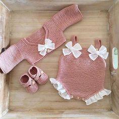 Baby knitting and crochet free pattern west, hat, balanket, dress Baby Knitting Patterns, Love Knitting, Knitting For Kids, Crochet For Kids, Baby Patterns, Free Crochet, Crochet Pattern, Free Pattern, Blanket Patterns