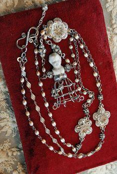 Head necklaces