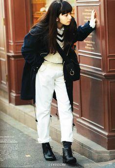 Nana Komatsu for Vikka magazine 2014 Fashion Moda, 90s Fashion, Love Fashion, Fashion Brands, Girl Fashion, Fashion Outfits, Womens Fashion, Poses, Street Style