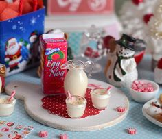 Set+miniatura+Navidad+ponche+de+huevo+por+CuteinMiniature+en+Etsy #miniaturefood #miniaturedrink #minidrink