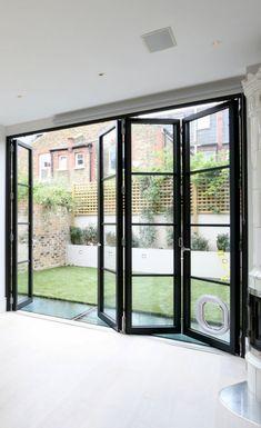 Quarrendon Street » Sieger Architektur Systems Crittall Windows, Dark Doors, Tamworth, White Kitchen Decor, Garden Doors, House Extensions, Centre Pieces, Back Gardens, Living Area