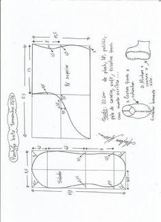 Pantuflas slippers - Patrones gratis Kids Clothes Patterns, Kids Patterns, Sewing Patterns Free, Clothing Patterns, Apron Patterns, Baby Shoes Pattern, Shoe Pattern, Leather Bag Pattern, Sewing Leather
