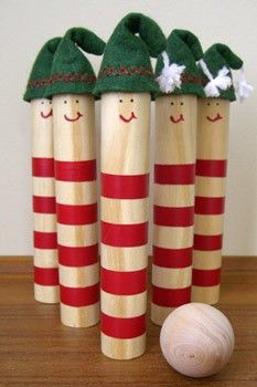 DIY: Craft an Elf Bowling Set - DIY Christmas crafts. This would be fun for the kids to play on Christmas Day