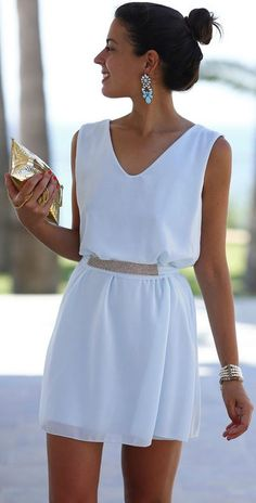 White Plain Sequin Belt Sleeveless Loose Chiffon Dress