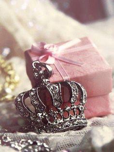 Gift to the princess ✿⊱╮