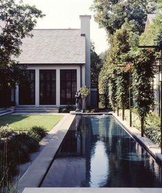 McAlpine Tankersley - area around pool Outdoor Spaces, Outdoor Living, Moderne Pools, Courtyard Pool, Pool Water Features, Swimming Pool Designs, Garden Pool, Cool Pools, Pool Landscaping