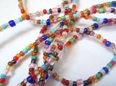 collana extra lunga di perline stile hippie boho chic bohemien perline vetro plastica bracciale figli dei fiori multicolor lasoffittadiste