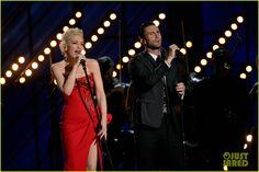 Adam Levine & Gwen Stefani Perform 'My Heart Is Open' Duet at Grammys 2015 (Video)