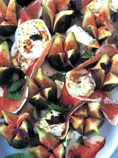The easiest sexiest salad in the world. With Parma ham, figs and mozzarella This combination is simple stunning – the salty cured ham cuts right through the sweetness from the figs and honey. Simple, sexy and ready in less than minutes