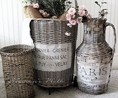 Heaven's Walk: Vintage French Market Baskets using annie Sloan paint Painted Baskets, Painted Wicker, Wicker Baskets, Spray Paint Wicker, Cane Baskets, French Baskets, Vintage Baskets, French Decor, French Country Decorating