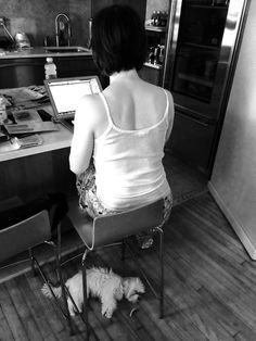 Who's the Boss Here?   Here's a pic of me while I was writing this very post, about Georgie. She's submissive and docile and letter perfect...more reason to fall in love with her, the little stinker.