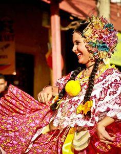Festival de las mil Polleras. Las Tablas, Panamá.