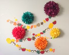 Are you ready for your fall photo shoot?? Get your backdrop now before they sell out!! Fall Harvest Pom Pom and Garland by JuliesElegantCrafts on Etsy