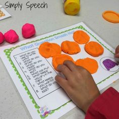 Simply Speech: WH-Question PlayDoh Smash Mats! {Giveaway}