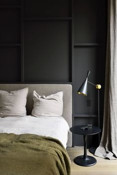 Bedroom design black wall and green bedding in moody modern bedroom. Bedroom Sets, Home Decor Bedroom, Bedroom Furniture, Design Bedroom, Bedroom Office, Wooden Furniture, Furniture Design, Bedroom Retreat, Fine Furniture