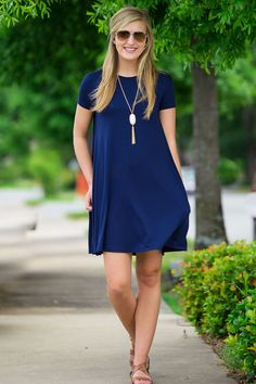 The piko dress is sure to be a staple in your wardrobe. This dress is made of the same soft bamboo blend on your favorite pikos. The swing dress features an A-Line style that is more fitted across the