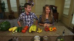 Jana and Jason Duggar Share Produce Tips Jana Marie Duggar, Dugger Family, 19 Kids And Counting, Cooking Tips, Beautiful Things, Soups, Families, Salads, Celebrity
