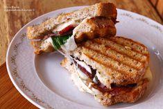 Panini (sandwich) grelhada