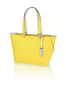 Calvin Klein Tasche Damen City Bag   http://www.ebay.de/itm/NEU-Calvin-Klein-Tasche-Damen-City-Bag-Innenfach-gelb-/252298222033?&_trksid=p2056016.m2518.l4276&clk_rvr_id=1066865345949&rmvSB=true