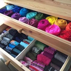 KonMari folding method by Marie Kondo Home Organisation, Room Organization, Folding Socks, Marie Kondo, Tidy Up, Closet Bedroom, Organizing Your Home, Spring Cleaning, Getting Organized