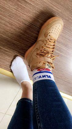 plnylala socks nike airforce