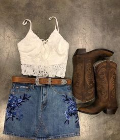 summer outfits with cowgirl boots best outfits - Cowgirl style outfits - Adrette Outfits, Moda Outfits, Preppy Outfits, Dance Outfits, Summer Outfits, Summer Country Outfits, Summer Skirts, Cow Girl Outfits, Preppy Casual