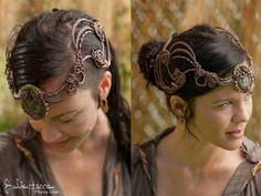 Wire wrapped headpiece by hula hoop master & Austinite, Caterina Sutton