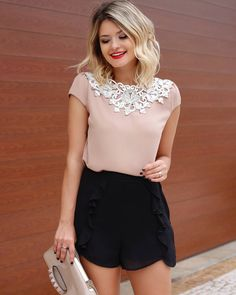Modern Outfits, Classy Outfits, Trendy Outfits, Cool Outfits, Fashion Outfits, Womens Fashion, Cute Blouses, Dressy Tops, Business Outfits