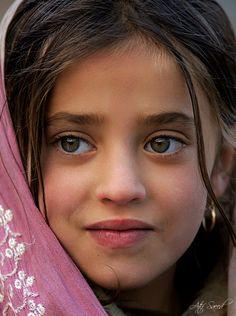 Preciosos rasgos...  Pakistan.