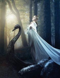 Lady Galadriel by *Methyss