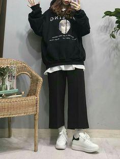 Fashion 2019 New Moda Style - fashion Korea Fashion, Kpop Fashion, Asian Fashion, Teen Fashion, Fashion Outfits, Hijab Fashion, Teenager Fashion Trends, Casual Outfits, Cute Outfits