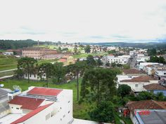 Vista parcial da cidade de Jaguariaiva, destaque ao lado esquerdo para o prédio da Industria Matarazzo(hoje Condomínio Matarazzo).