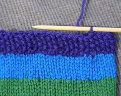 How to neatly finish casting off the last stitch in the round.