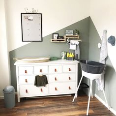 Ikea Toddler Room, Ikea Baby Room, Toddler Room Decor, Kid Decor, Room Baby, Ikea Hemnes Changing Table, Ikea Dresser Hack, Baby Changing Tables, Apartment Nursery